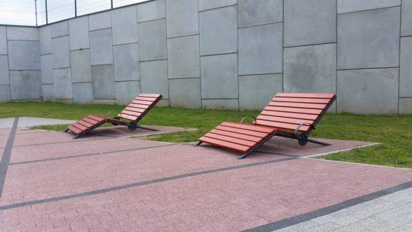 leżaki miejskie barcelona